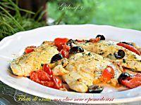 Filetti di orata con olive nere e pomodorini-ricetta gustosissima