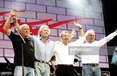 LONDON - JULY 02: (L to R) David Gilmour, Roger Waters, Nick Mason and Rick Wright from the band Pink Floyd on stage at 'Live 8 London' in Hyde Park on July 2, 2005 in London, England. (Photo by MJ Kim/Getty Images)
