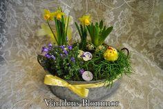 Påsk plantering med knappar Världens Blommor Norra Långgatan 16 Landskrona 0418651159