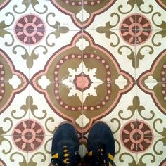 More ancient #tiles in a private house at Camallera in the Alt Empordà!  #TileAddiction