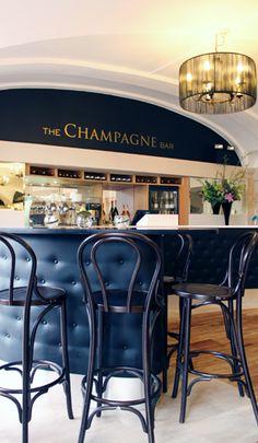 Blenheim Palace Champagne Bar