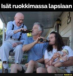 Isat ruokkimassa ... Memes Humor, Funny Jokes, Keep Smiling, Just Kidding, Happy Fathers Day, Funny Moments, Kids And Parenting, Slogan, Daddy