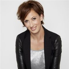 """News: Miranda Hart having """"such fun"""" at Number One - Curtis Brown"""