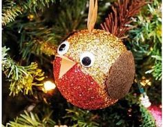 Christmas Bauble Craft Ideas for Kids, Children's Bauble Crafts, kids crafts, childrens craft supplies, crafts for kids homemade ornaments Diy Christmas Baubles, Christmas Makes, Christmas Crafts For Kids, Christmas Activities, Homemade Christmas, Holiday Crafts, Christmas Ideas, Christmas Décor, Homemade Ornaments