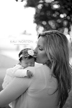 mother and baby. newborn photography. kalinorton.com