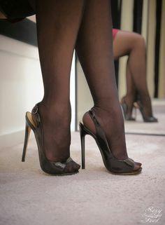 Black peep toe high heels and black pantyhose Schwarze Peep Toe High Heels und schwarze Strumpfhosen Hot Heels, Black Peep Toe Heels, Sexy Legs And Heels, Black High Heels, High Heels Stilettos, Stiletto Heels, Nude Heels, Pantyhose Heels, Stockings Heels