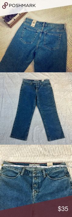 Vintage Tommy Hilfiger Jeans • Vintage Tommy Hilfiger Jeans  • Measurements In Pictures • Would Be Great As Jeans Or Cut Into High Waisted Shorts!  • Snaps At Fly  • Logo On Back Tommy Hilfiger Jeans Ankle & Cropped