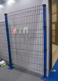As an economical type of panel system, welded mesh fence is a kind of 3D fence with longitudinal folds, which makes the fence stronger. The fence panel is welded by high quality low carbon steel wire. Its common surface treatment are hot dipped galvanized or electrostatic polyester powder spray coating over galvanized wire.