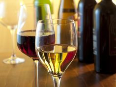 Wine Varietals to Know from FoodNetwork.com