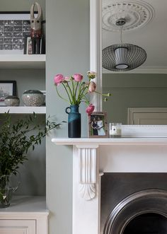 South London Interior Garden Designer transforms your home into an inspiring space that is totally unique and full of character. Living Room Interior, Home Living Room, Victorian Living Room, Victorian Fireplace, Snug Room, Living Room Decor Inspiration, Home Comforts, Interior Design Tips, Designer