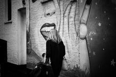 https://flic.kr/p/BVM5Dr | Bite | Camden, London. 21.10.2015 Leica MM 246; APO Summicron-M 50mm 1/750sec; f/2; iso320