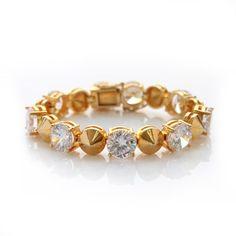 nOir Jewelry Bracelets Noir Jewelry, Fashion Jewelry, Sarah Jessica Parker, Lady Gaga, Rihanna, Style Icons, Fashion Forward, Jewelry Bracelets, Mini