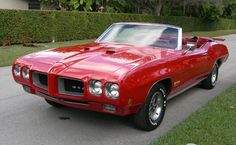 1970 Pontiac GTO 455 HO Convertible,,,,My first car that I bought myself was a '70 400 cu in 3spd manual convertible....one of 887 made...rough but fun!