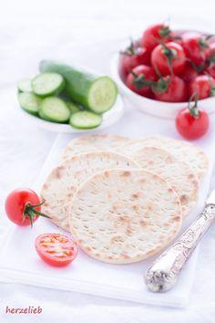 Tunnbröd - Brot, dass in der Pfanne gebacken wird. von  herzelieb  backe, Brot, einfach, Hefe, leicht, Rezept, schnell, Schweden, Skandinavien