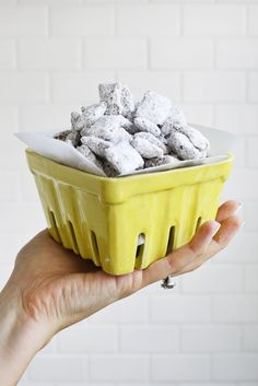 Nutella Puppy Chow?? Gimmie! (click through for recipe)