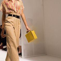 A shirt in silk cigaline with the Cinetic d'Hermès bag #HermesFemme #Hermes