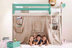 Litera con zona de juegos bajo la cam : Dormitorios infantiles modernos de Sofás Camas Cruces