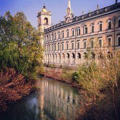 #reggiadicolorno #colorno #visitparma #ig_parma #loves_parma #loves_united_emiliaromagna #volgoemiliaromagna #emiliaromagna_city #ig_emiliaromagna #ig_emilia_romagna #vivoparma #great_captures_italia #visititalia #vivoemiliaromagna #reflectionsgood #reflection_shotz #parma #turismoer #loves_madeinitaly by s.v.tampieri