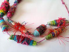 perles en tissu, fil à broder etc... (Atelier d'Emma)