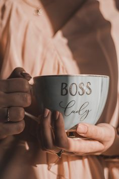 Do you work to live, or do you live to work? This is one of the most quintessential dilemmas& The post Adulting What& Your Career Motivation? appeared first on Broke and Chic. Be Organized, Ladies Club, Be The Boss, Do You Work, Business Goals, Business Management, Management Tips, Business Tips, Online Business