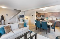 Loving the open concept! Open Space Living, Living Spaces, Living Room, Pocket Neighborhood, Healthy Exercise, Oak Park, Open Concept, Amber, Bright