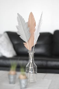 Diy Easter paperfeathers. Made by me!