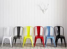 What if the all-metal industrial chair were painted? You'd have the Tolix Classic French Café Chair, based on pieces designed by Xavier Pauchard in These varnished steel items are a vibrant take on industrial seating New Furniture, Kitchen Furniture, Furniture Design, Kitchen Chairs, Furniture Ideas, Outdoor Dining Chairs, Modern Dining Chairs, Adirondack Chairs, Outdoor Seating