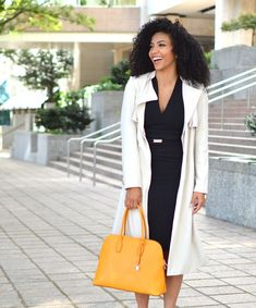 9 Staple Pieces: Add These to Your Christmas List! - White Collar Glam Business Professional Outfits, Professional Dresses, Business Attire, Business Outfits, Office Outfits, Work Outfits, Outfit Work, Professional Wardrobe, Young Professional