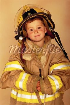 love being a firefighters kid :]