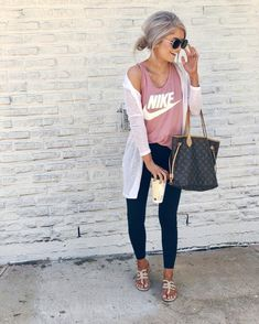45 Street Style Women Fashion 2019 for Winter to Spring nike outfit Cute Teen Outfits, Sporty Outfits, Mode Outfits, Outfits For Teens, Summer Casual Outfits For Women, Spring Outfits Women Casual, Gym Outfits, Spring Fashion Outfits, Classy Outfits