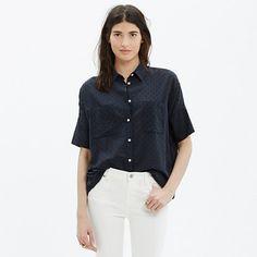 We perfected the oversized, slightly boxy shirt shape that we love. This short-sleeve button-down is effortlessly cool—and totally sexy in a textural cotton clipdot. <ul><li>Oversized fit.</li><li>Cotton.</li><li>Machine wash.</li><li>Import.</li></ul>