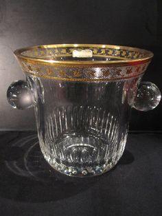 Cristal - SAINT LOUIS - Callot - Seau à Champagne Champagne Buckets, Saint Louis, Catalogue, Cheers, Glass Art, Sweet Home, Sparkle, France, Bottle