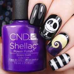 Nightmare Before Christmas Halloween Nail Art & Spooky Halloween Nail Designs For Creepy Fingers [& Disney Halloween Nails, Holloween Nails, Halloween Acrylic Nails, Disney Nails, Halloween Nail Designs, Christmas Nail Designs, Spooky Halloween, Christmas Art, Easy Halloween Nails