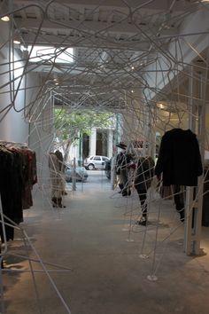 ARQA - BKF+H, Instalación y exhibidor en el nuevo local de Tramando Palermo