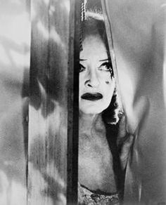 """Ya must ave been a buduful baby.....jane!"" #bettedavis#bette#silverscreen#babyjane#whatever#hollywood#horror#thrill#bw#blackandwhite#vintage#cult#classic#frightnight#friday#1960's#icon#legend#beautiful#hollywood#oldhollywood#spook"