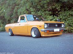 Datsun pcik up Datsun Car, Nissan Sunny, Mini Trucks, Lifted Trucks, Car Camper, Old School Cars, Nissan Altima, Performance Cars, Japanese Cars