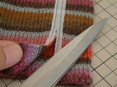アイロンテープの活用法〜セーターのリメイク