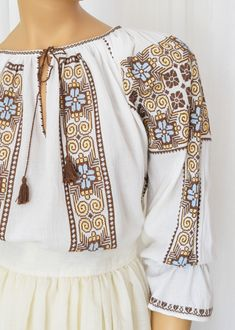 Ie Romaneasca Gloria - Chic Roumaine Peasant Blouse, Traditional Dresses, Cross Stitching, Bell Sleeve Top, Embroidery, Unique, Outfits, Tub, Women