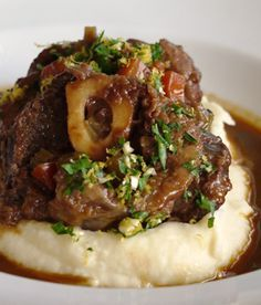 Osso Bucco Slow Cooker Recipe by Julie Goodwin .... Not normally something you want to have in Summer, but given the current weather conditions ill make an exception