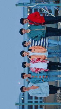 Foto Bts, Bts Taehyung, Bts Bangtan Boy, Bts Group Picture, Bts Bulletproof, Bts Beautiful, Les Bts, Bts Backgrounds, Bts Aesthetic Pictures