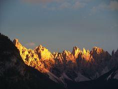 Conheça um pouco das belezas das Dolomitas italianas, Patrimônio UNESCO no norte da Itália. Algumas dicas do que fazer nas Dolomitas, como vários esportes.