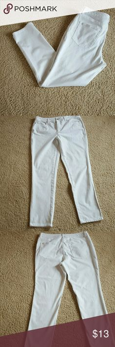 WHITE KNIT DENIM JEANS It's White Jeans Time Ladies!  White knit jeans by Coldwater Creek.  Size 14.  Inseam 29 inches.  Like new.  Slim (Not Tight) legs.  Ultra comfy. Don't forget discount! Coldwater Creek Jeans