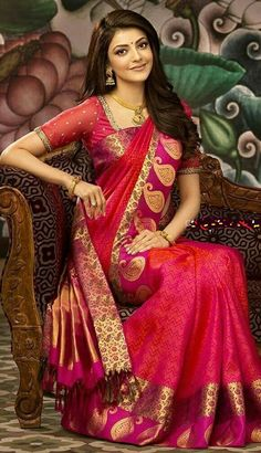kajal agarwal in red saree Indian Dresses, Indian Outfits, Covet Fashion, Fashion Jewellery, Fashion Tips, Moda Indiana, Sari Bluse, Indische Sarees, Latest Silk Sarees