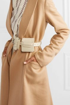 See and Shop Utility Belt Bags for Spring Sport Chic, Womens Fashion Online, Latest Fashion For Women, Leather Utility Belt, Nyc Girl, Outfit Trends, Inspiration Mode, Capsule Wardrobe, Casual