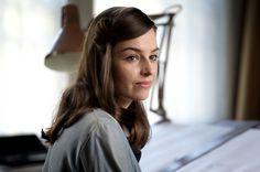 Po stracie Janka Lena stara się prowadzić normalne życie (fot. Marta Gostkiewicz/TVP)