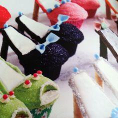 More cupcake shoes