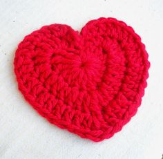 I had a need to crochet some large hearts recently. This one uses a bulky yarn and is about 9...