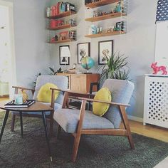 Credit @moreismoredesign I still want these Ikea chairs.