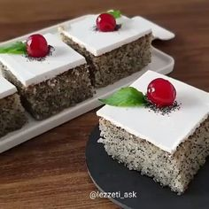 I wrote a great Sweet Recipe Can you make a name suggestion of this tariff, it was very simple so come on Bu I wrote a great Sweet Recipe Can you make a name suggestion of this tariff, it was very simple so come on Bu Sweet Recipes, Yogurt, Cheesecake, Good Food, Pudding, Easy, Desserts, Instagram, Emoji