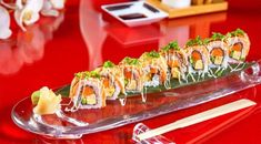 Introducing the world's platter at restaurant on the first day of August month .Have you tasted it ? Sushi Platter, Sushi Food, August Month, Best Sushi, Sushi Recipes, Sashimi, Lunch, Restaurant, Dinner